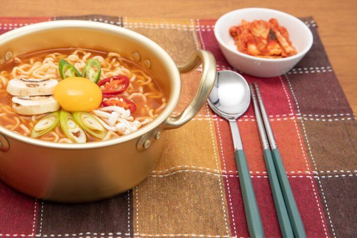 【農心】辛ラーメンがうまい!5種類の辛さ・味・カロリーを比較!